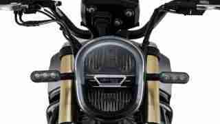 Benelli Leoncino 800 headlight