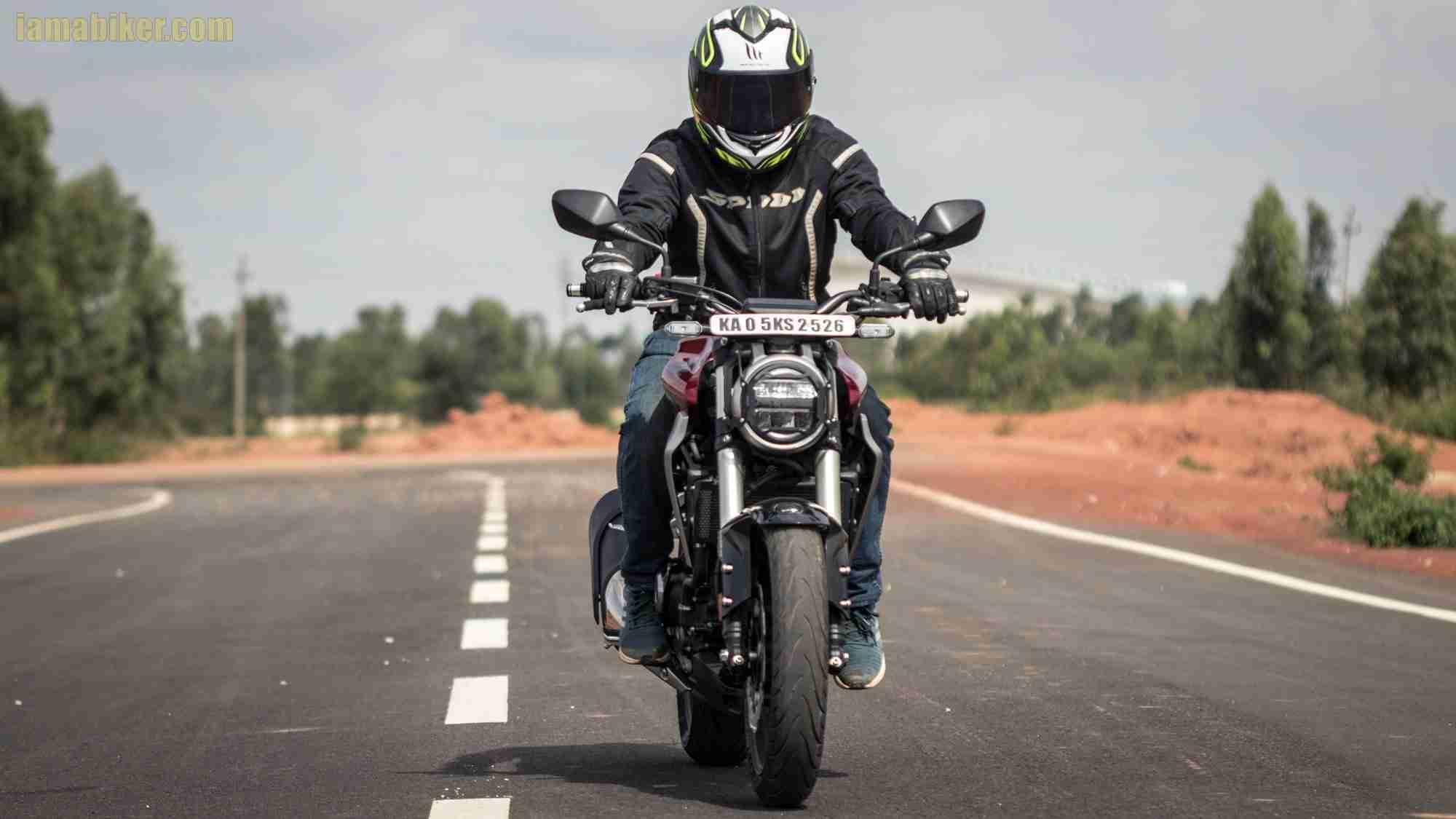 Honda CB300R review