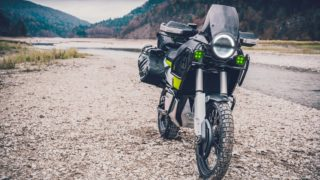 Husqvarna Norden 901 concept headlight and front suspensions