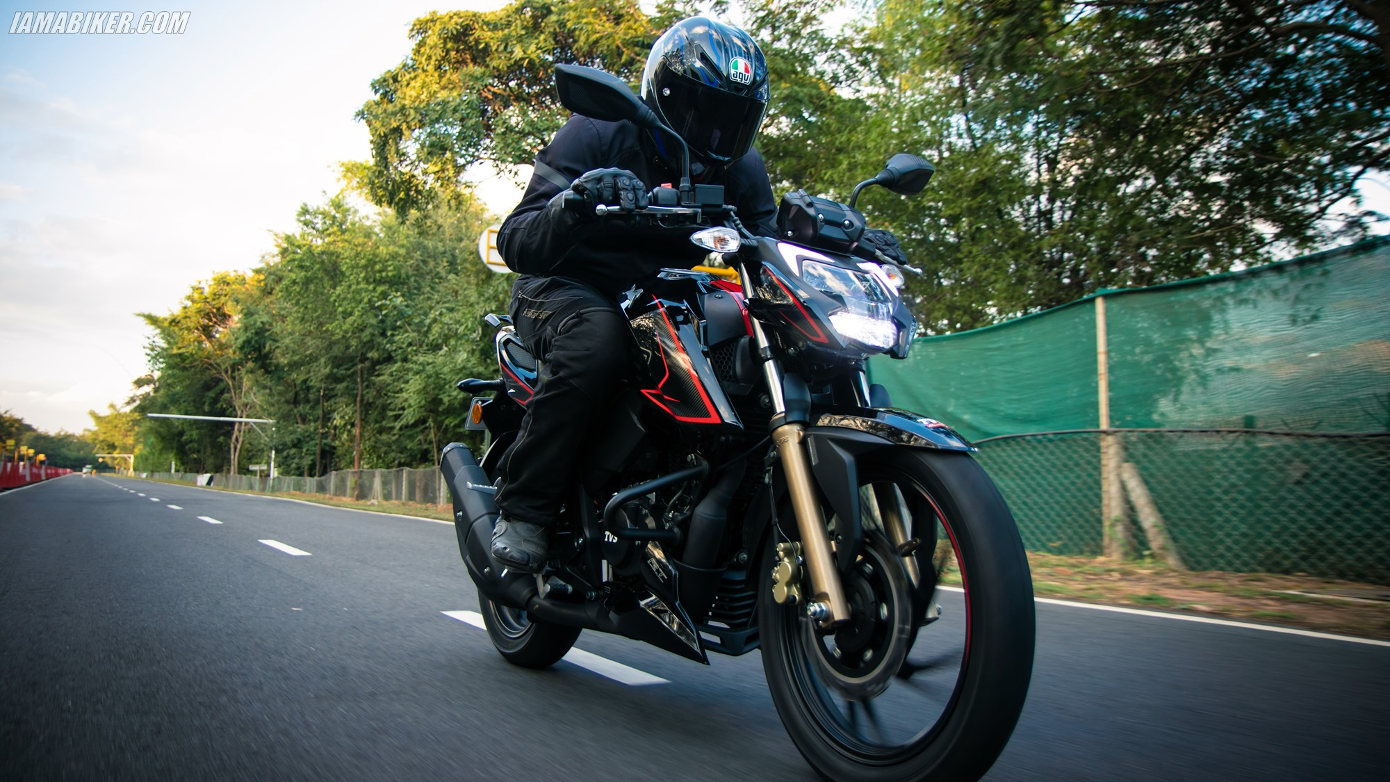 2020 TVS Apache RTR 200 4V BS6 review