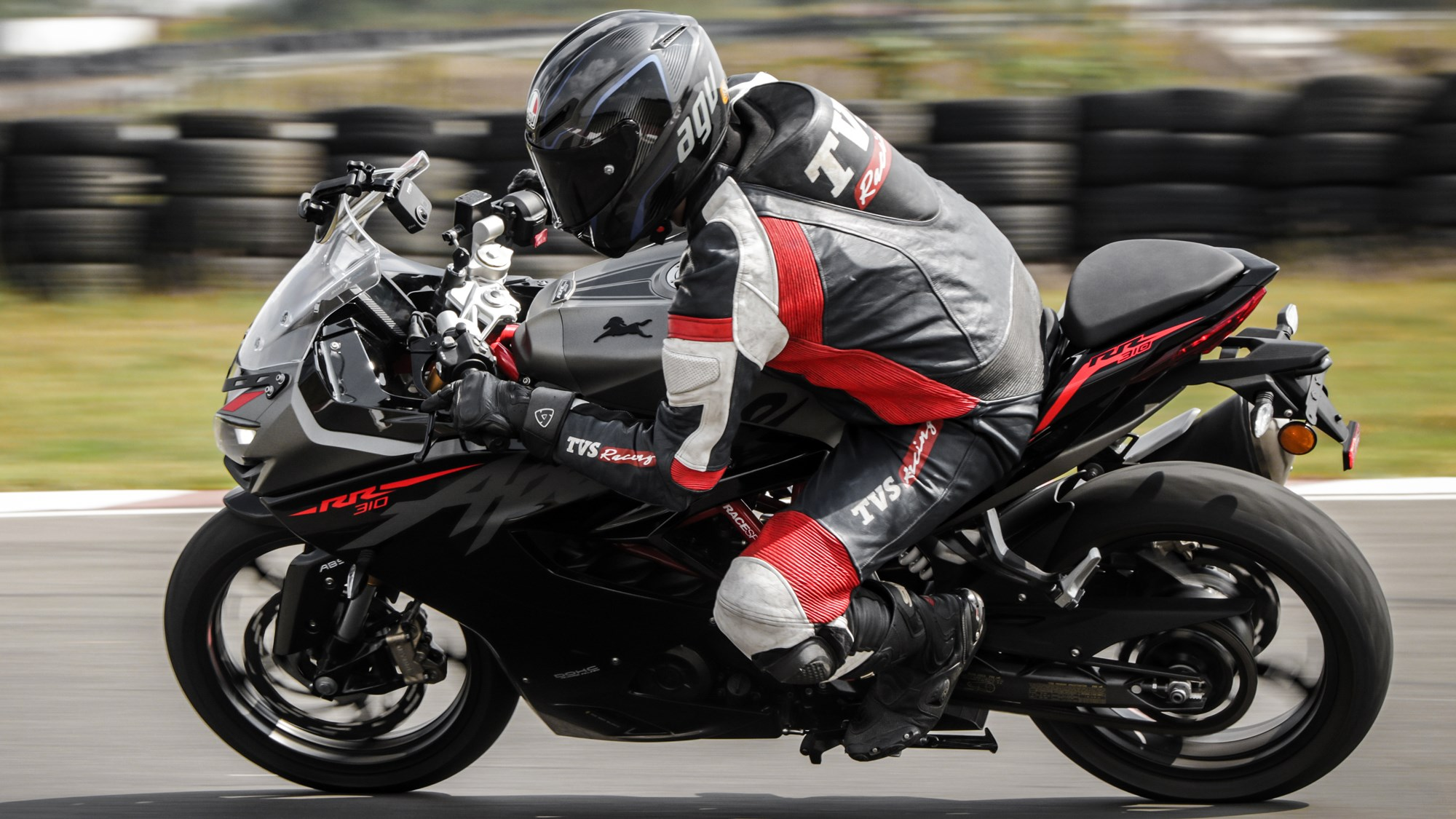 TVS Apache RR 310 BS6 review