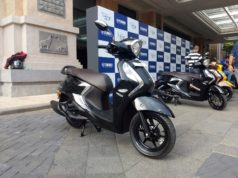 Yamaha Fascino 125 Fi black colour option