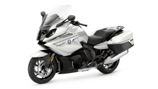 2021 BMW K 1600 GT Option 719 Mineral White metallic