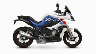 2021 BMW S 1000 XR - Light white uni - Racing blue metallic - Racing red uni right side view