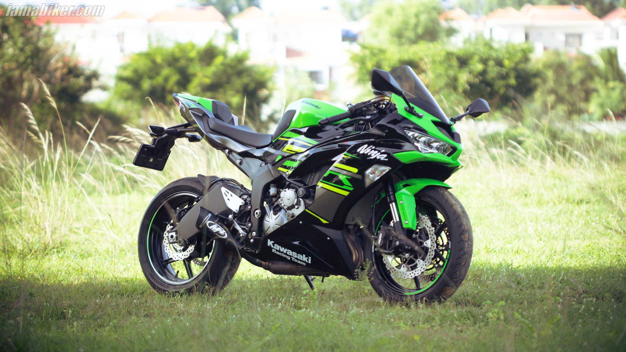 Kawasaki Ninja ZX-6R HD wallpapers