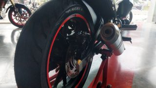 Mojo 300 ABS BS6 Pirelli Angel CT tyre