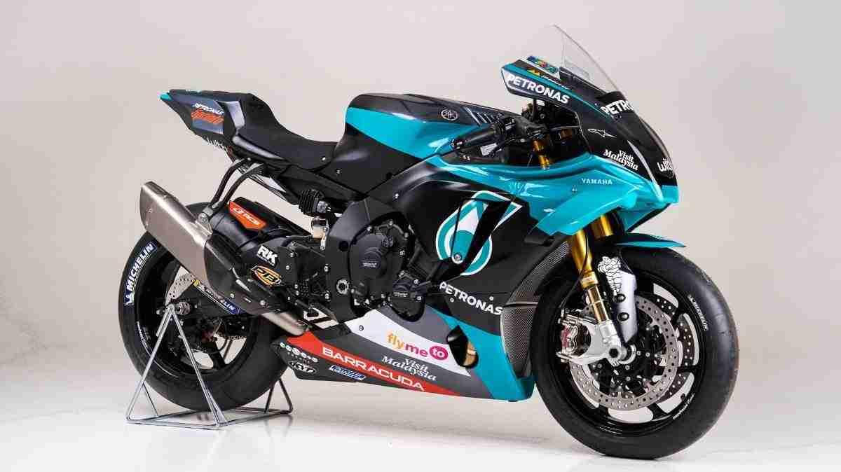 Yamaha Petronas SRT R1