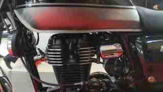 Honda H'ness CB 350 engine left side