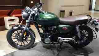 Honda H'ness CB 350 green colour option