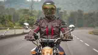 Royal Enfield Sanders riding jacket