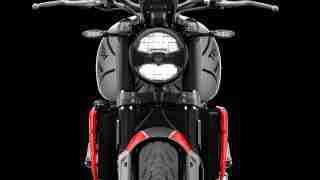 Triumph Trident 660 front view