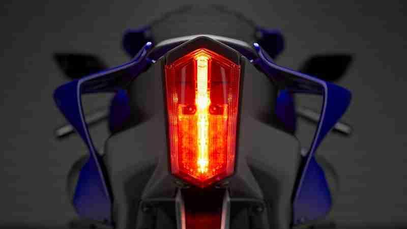 Yamaha YZF-R7 brake tail light