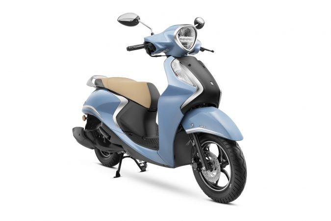 Yamaha Fascino 125 Fi now with Hybrid Power Cool Blue Metallic drum brake version