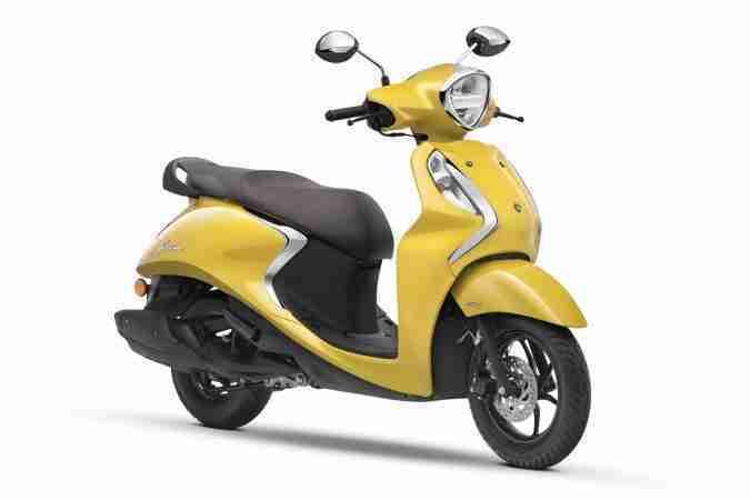 Yamaha Fascino 125 Fi now with Hybrid Power Yellow Cocktail drum brake version