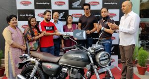 First delivery at Honda Big Wing Chandigarh