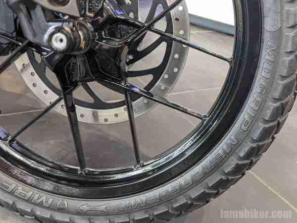 KTM 250 Adventure back - rear tyre