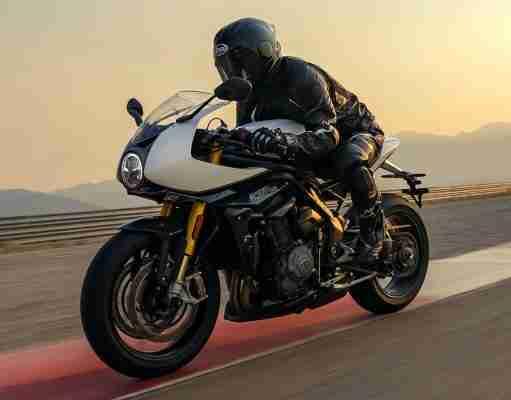 2022 Triumph Speed Triple 1200 RR