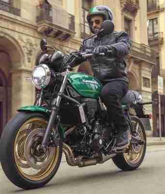 Kawasaki Z650RS wallpaper