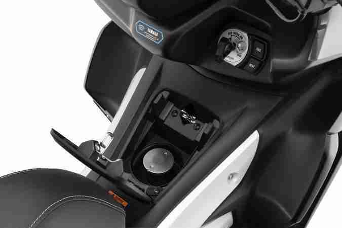 Yamaha AEROX 155 fuel cap