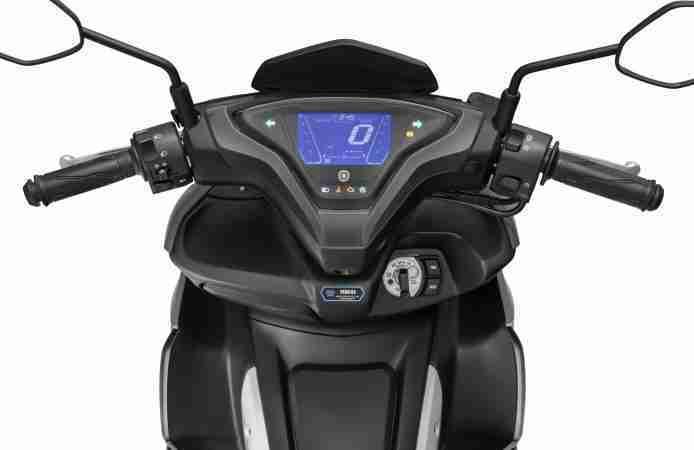 Yamaha AEROX 155 handle bar digital meter switches